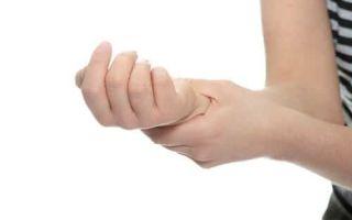 Почему во сне и утром немеют пальцы на руках: причины и способы решения проблемы