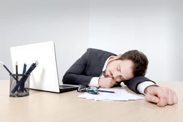 Человек очень много спит