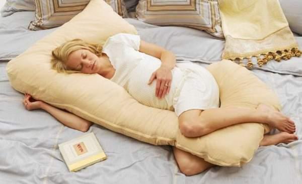 позы сна для беременных