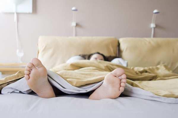 спать в любом положении